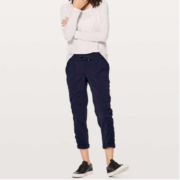 Lululemon Black Street To Studio Pant II Size 4